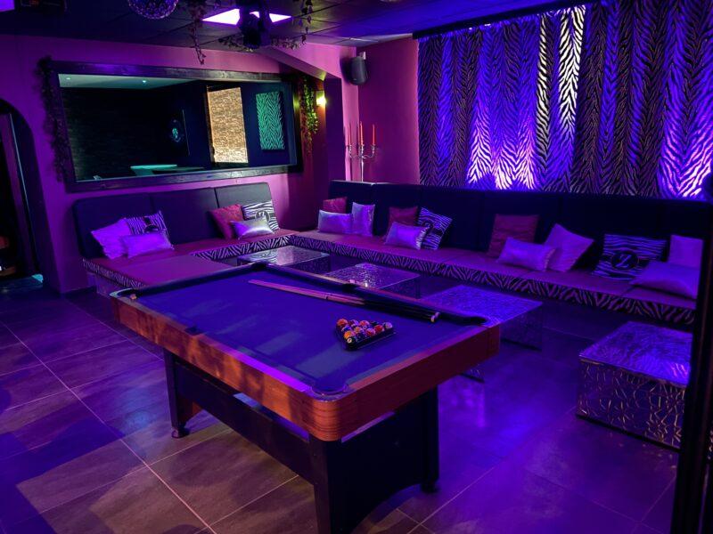 Espace Bar avec Billard de la Villa Rose